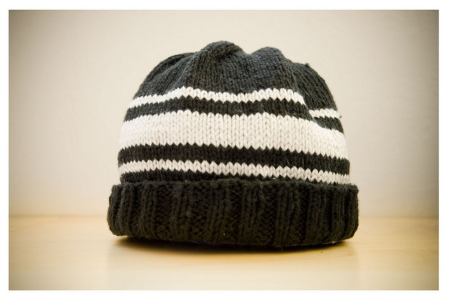 a-simple-hat-knitting-pattern
